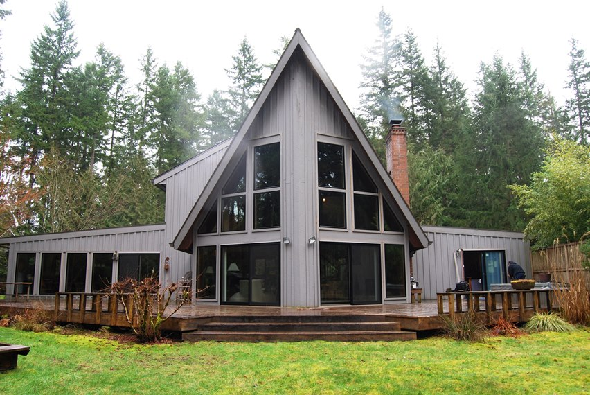 Wood Window replacement home in enumclaw